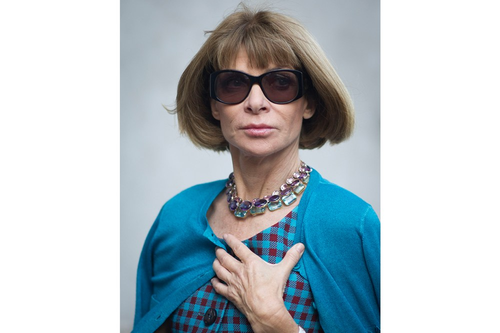 Anna Wintour Statement Necklace Sunglasses Street Style