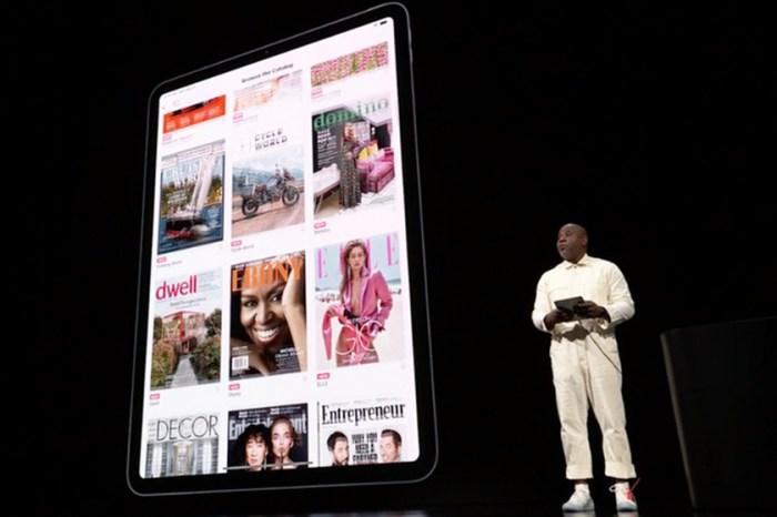 網民錯重點激烈討論:這個人的一身穿搭,被指是 Apple 發布會上真正的「Fashion Moment」?