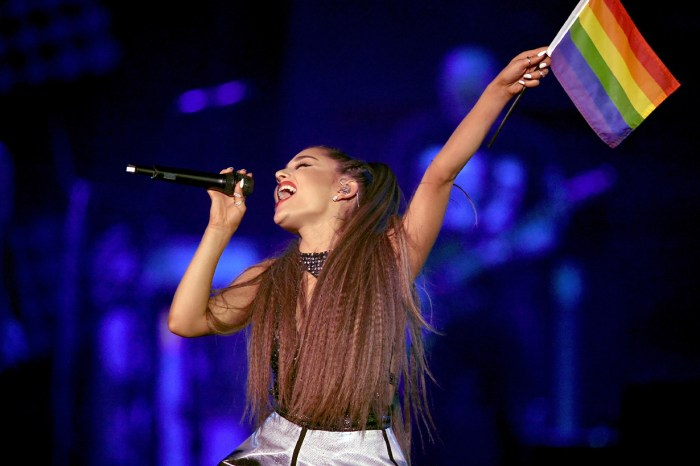 Ariana Grande 擔當英國同志運動主要嘉賓,卻被網民指責有損 LGBTQ 社群!