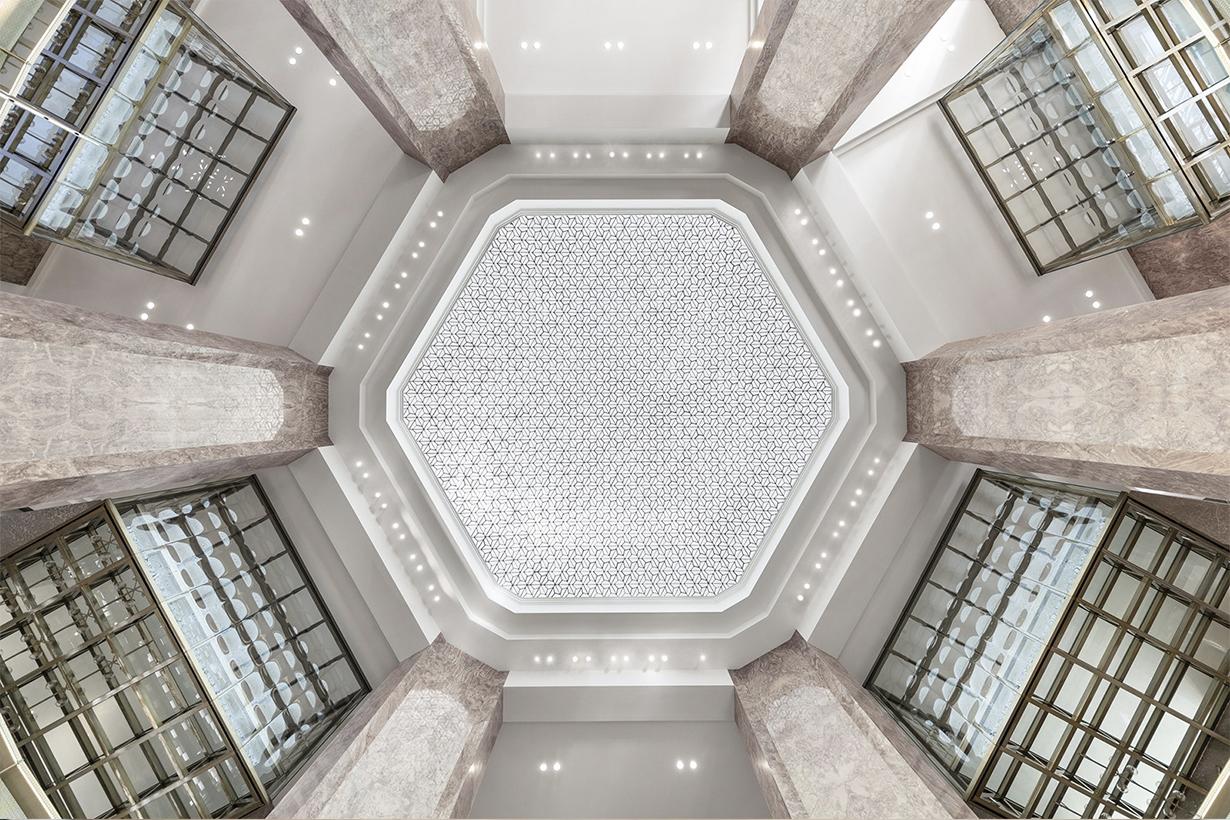 拉法葉百貨 Galeries Lafayette 香榭大道全新旗艦店,竟然將整個艾非爾鐵塔搬進來了?