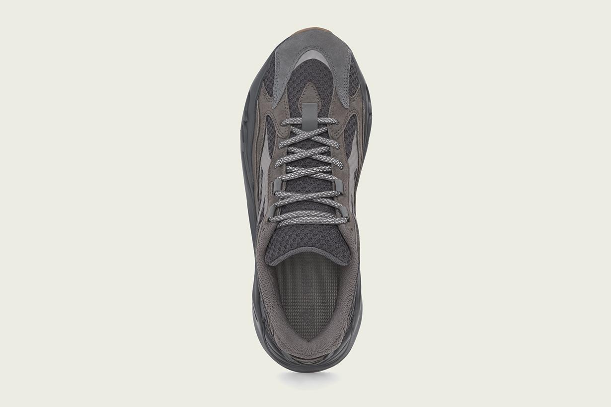 adidas Kanye West YEEZY BOOST 700 V2 Geode