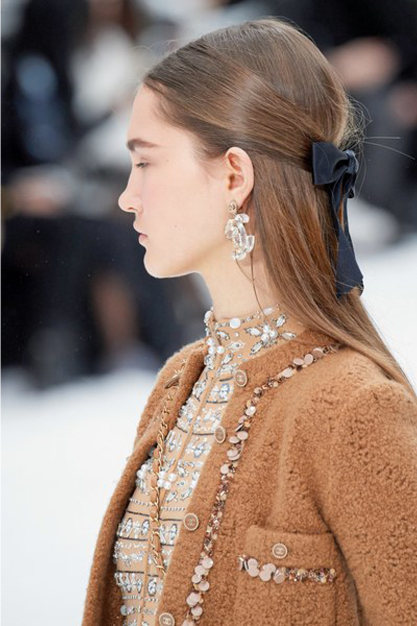 Chanel Paris Fashion Week PFW 2019 Fall Hair Clips Barrettes Hairstyles trend Sam McKnight Camelia flower Ribbon hair accessories