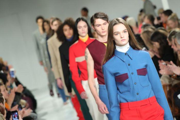 Calvin Klein 宣佈終止高端時裝系列!米蘭、紐約辦公室將會解僱 100 個員工