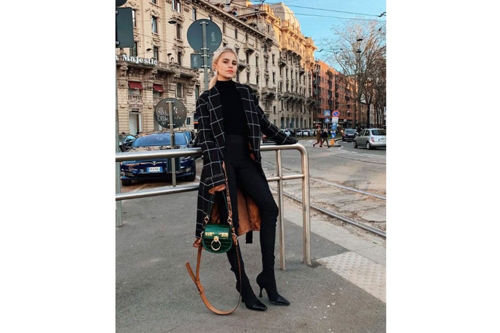 Black turtleneck jeans Chloe C street Style