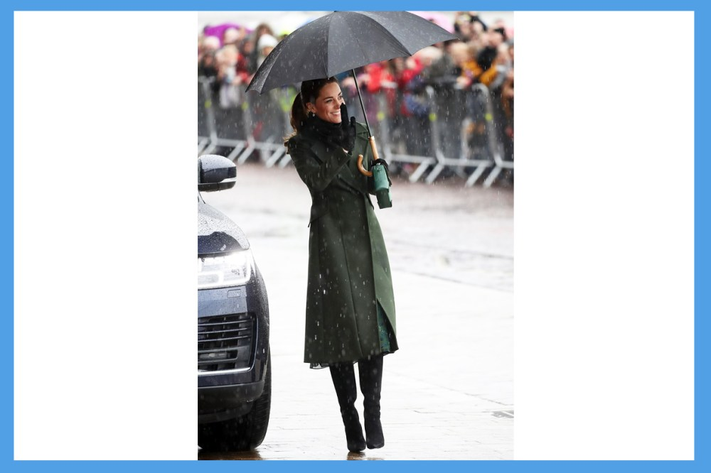 Kate Middleton Prince William Royal Visit Blackpool Tower refused to use an umbrella let crowd see her better  royal correspondent Emily Andrews British Royal Family