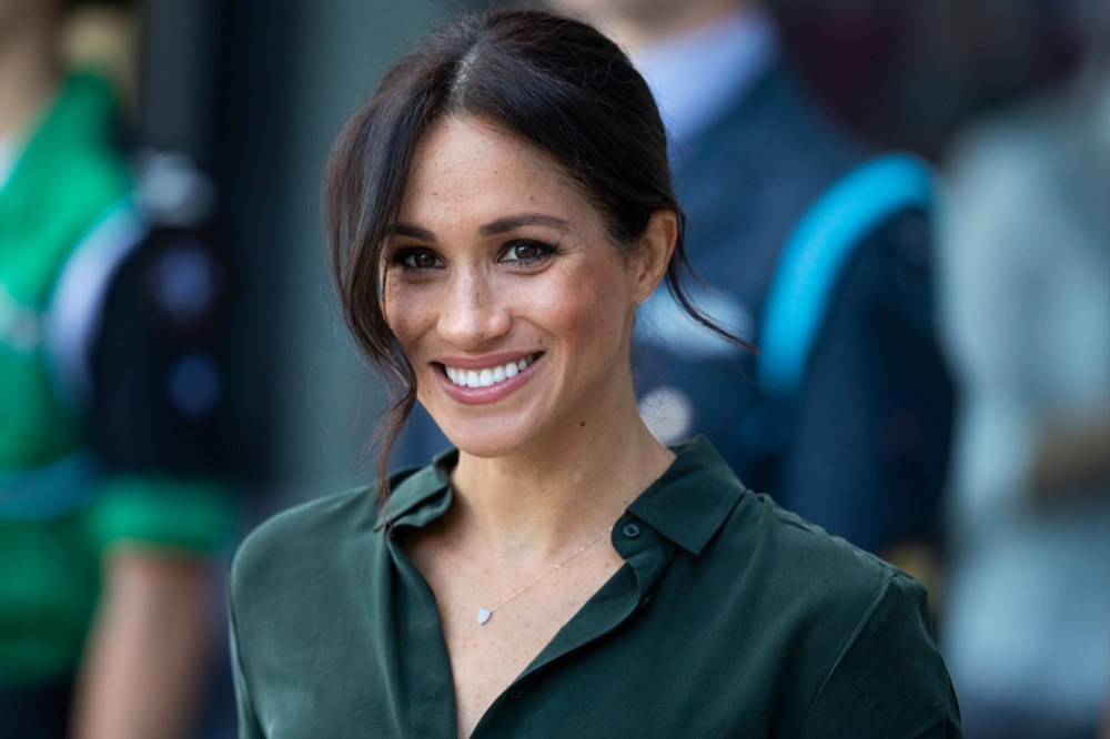 Meghan Markle Green Shirt
