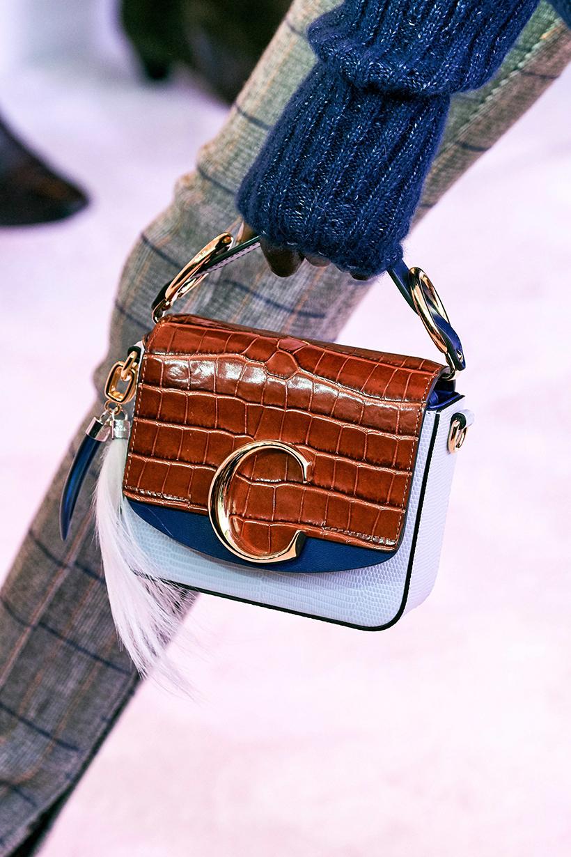 pfw-chloe-2019-fall-winter-fashion-show-hangbag