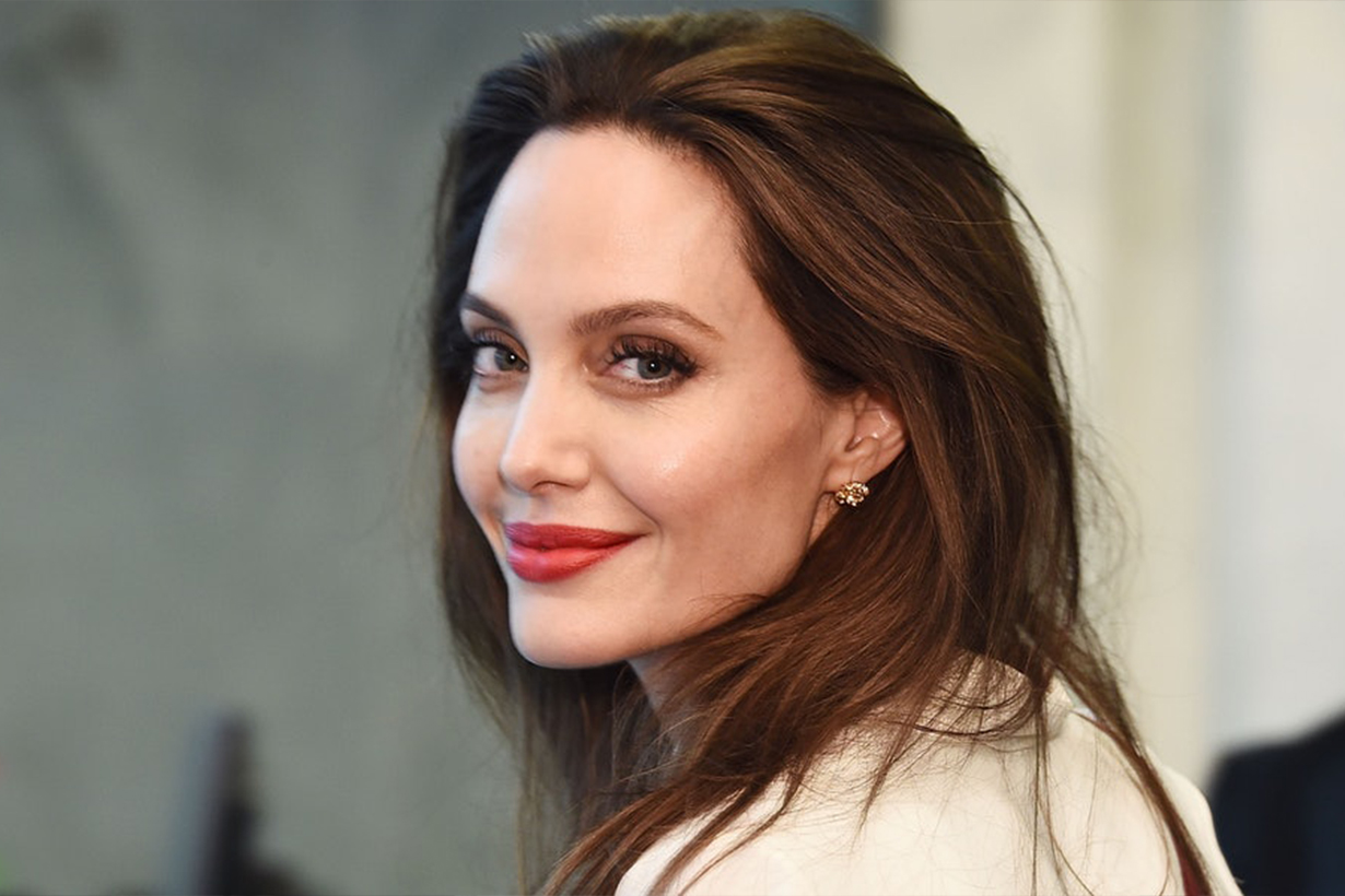 Angelina Jolie officially drops Pitt from her surname following divorce