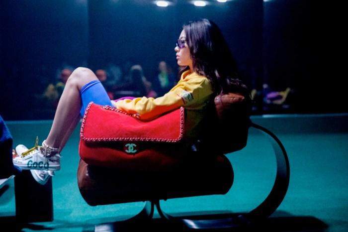 Chanel x Pharrell 膠囊系列已開賣!從形象照看單品:超大小香包、塗鴉波鞋全都超可愛!