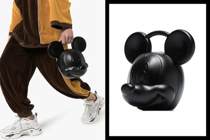 這款更有型!秒售罄 Gucci 全黑米奇老鼠手袋開賣了!