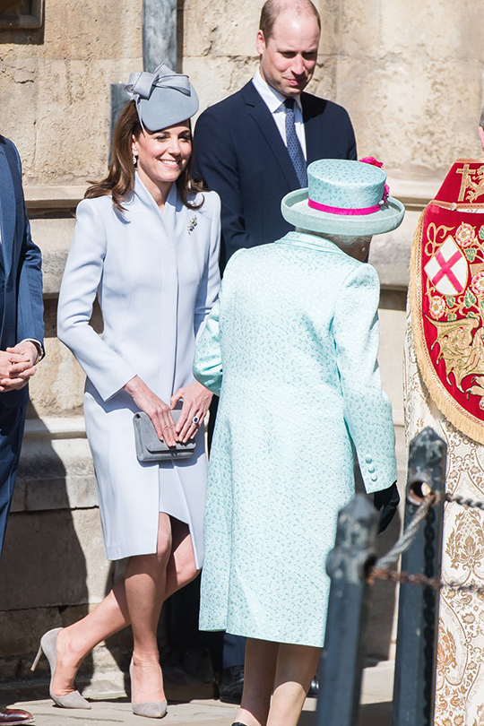 kate-middleton prince william divorce Alexander McQueen blue dress