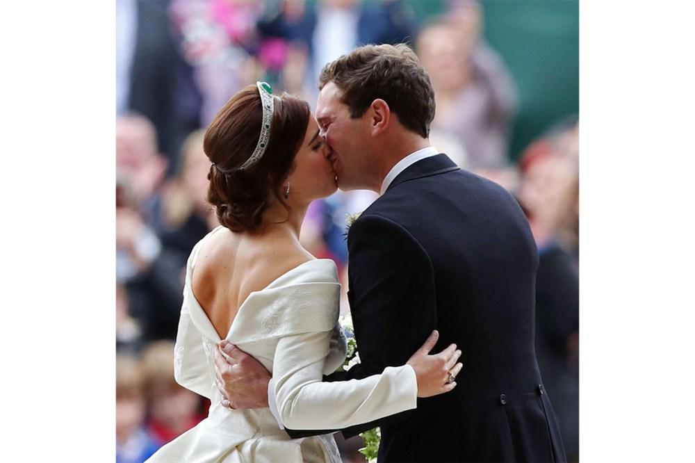 Princess Eugenie Backless Wedding Dress