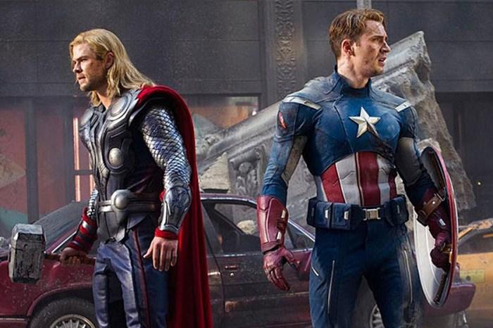 對於美國隊長能高舉 Thor 的鎚子,導演終於解釋「他一直都拿得起!」