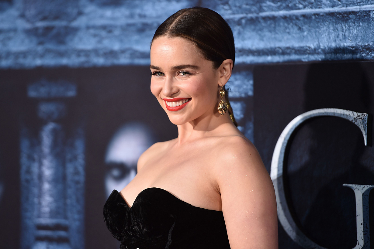 Emilia Clarke's Response to Game of Thrones' Starbucks Cup