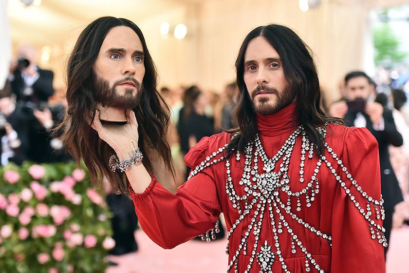2019 Met Gala:Alessandro Michele 再提頭顱,不寒而慄展現「怪美的」詭譎風格!
