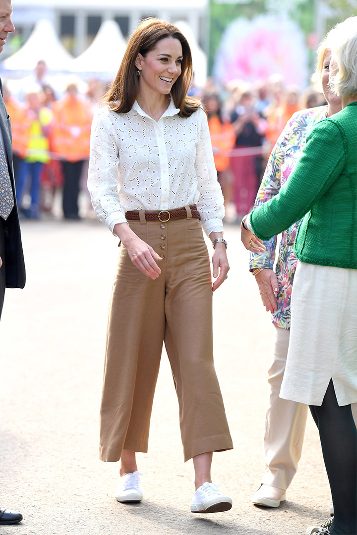 Kate Middleton Wore Superga White Sneakers At  Chelsea Flower Show