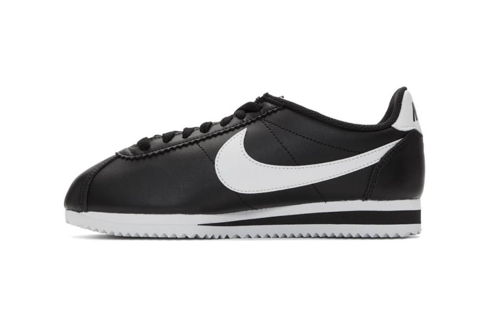 15 Nike Trendy and Hot-selling Sneakers