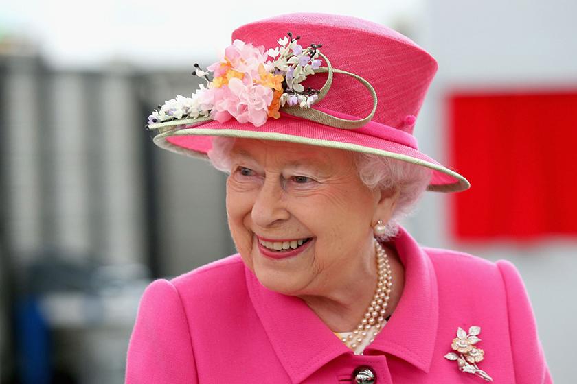 queen elizabeth social media manager job
