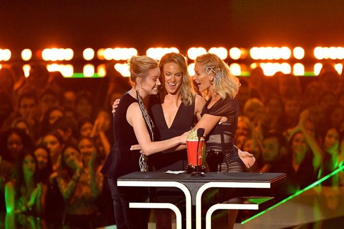 Brie Larson 竟讓兩位替身演員上台領獎,背後原因讓網民直呼太感動!