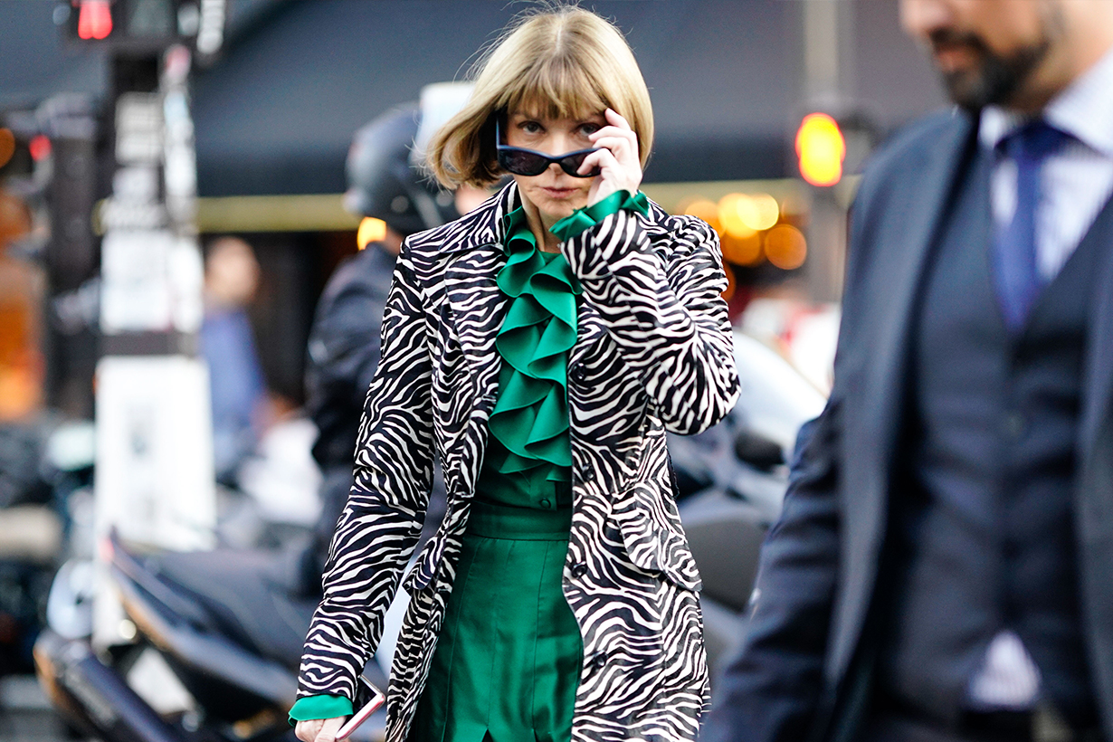 Anna Wintour recommends cross-body bag as Spring must-have item