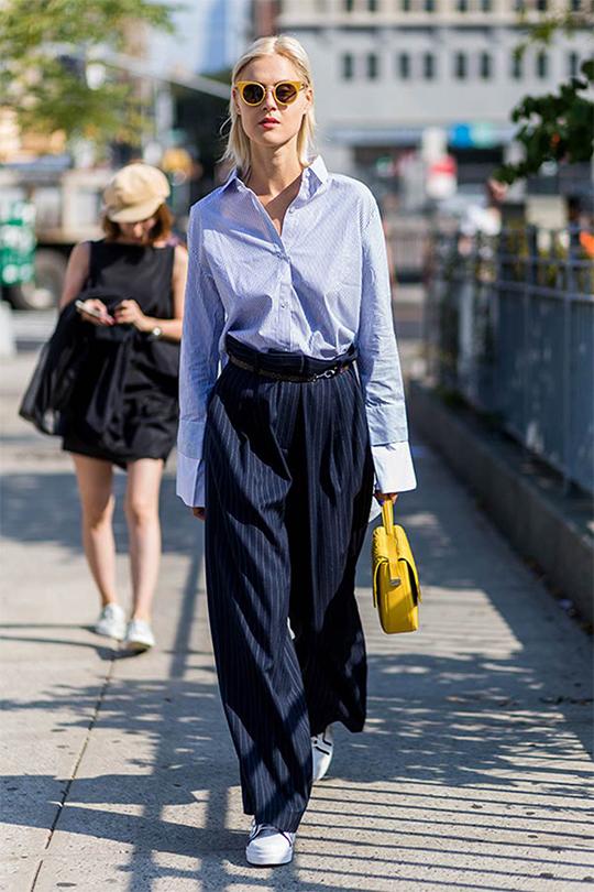 中性風夏日街拍造型醒感,穿得率性有型的女孩最有魅力