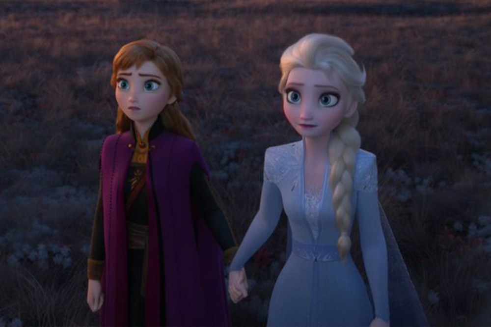 Frozen 2 Elsa lesbian sister