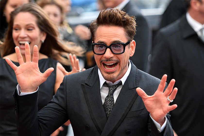 Robert Downey Jr. change i Love  you 3000 to 3247 MTV Awards  best hero meaning