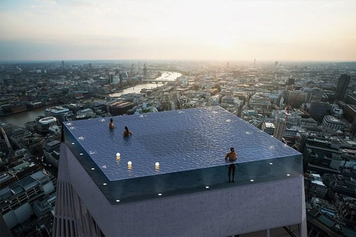 世界第一座:這個 360 度全透明空中泳池,座落在 55 層樓高的摩天大樓頂端!
