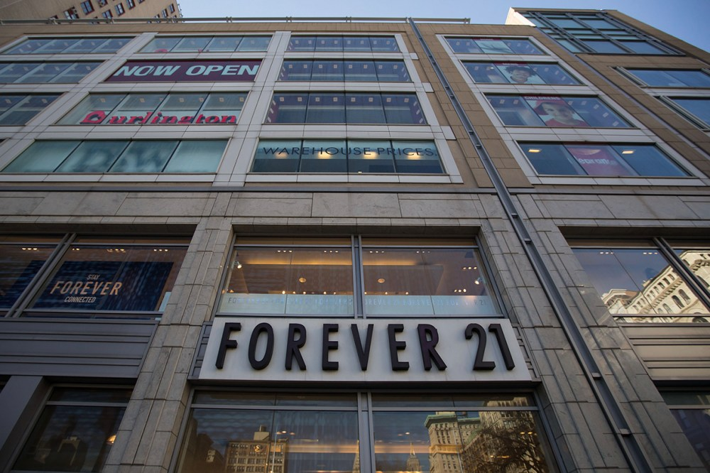 Forever 21 closing stores bankrupt insolvenc