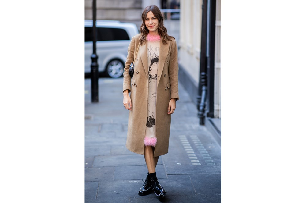 Alexa Chung Oxford Shoes Street Style