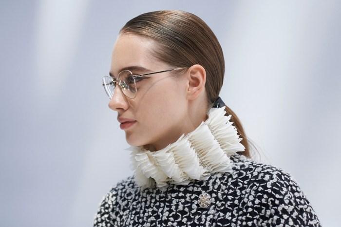 近看 Chanel 2019 FW Haute Couture 系列,優雅華麗書卷味女生