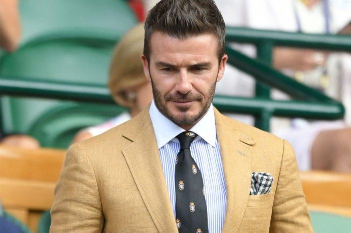 Beckham 父子觀賽同穿杏色西裝,網民詫異:「兒子像老了一圈!」