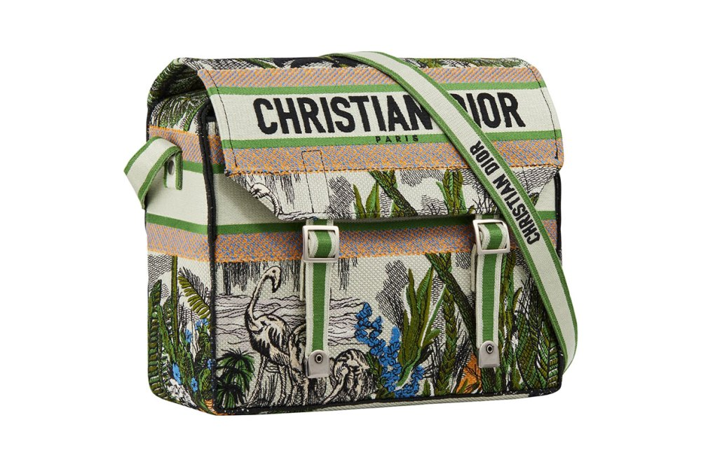Diorcamp-bags-exclusive-products-for-Champs-Elysees-22