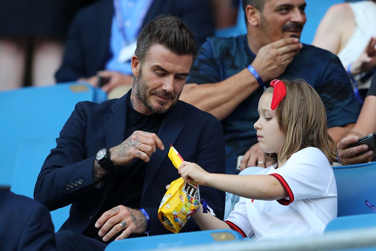 David beckham date with daughter harper soccer world cup