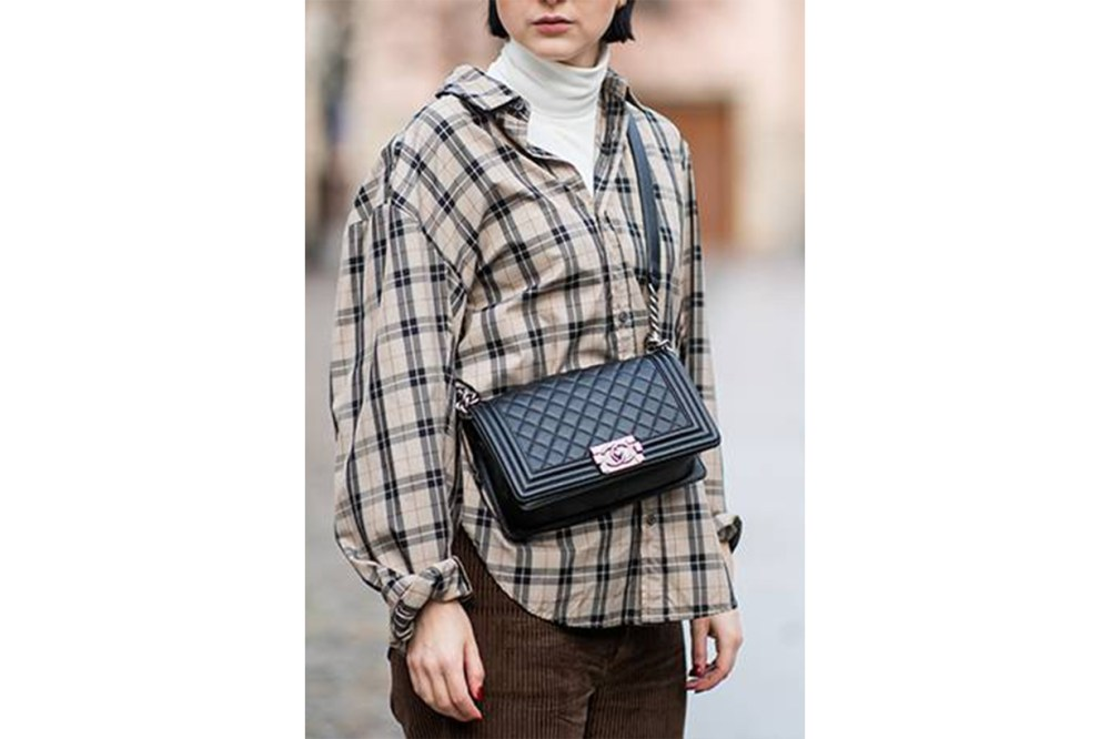 Chanel Flap Bag Street Style