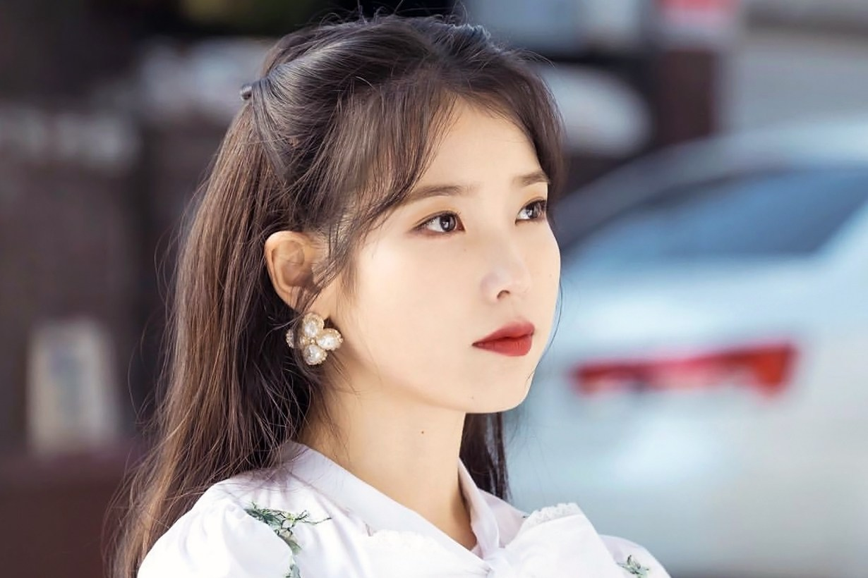Risabae IU Lee Ji Eun Hotel Del Luna Yeo Jin Goo Makeup look recreated korean idols celebrities singers actresses makeup artist youtuber Pony