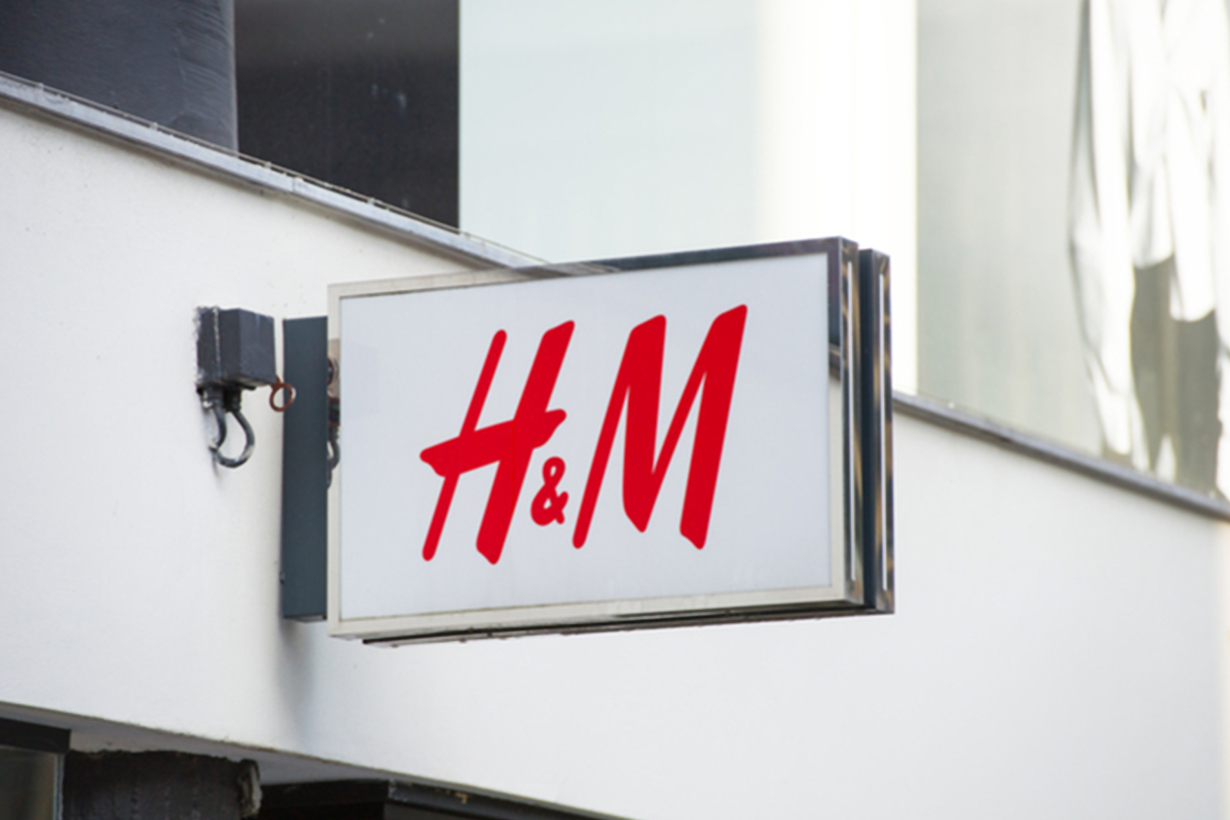 H&M Letting Customers Pay for Clothes a Month Later