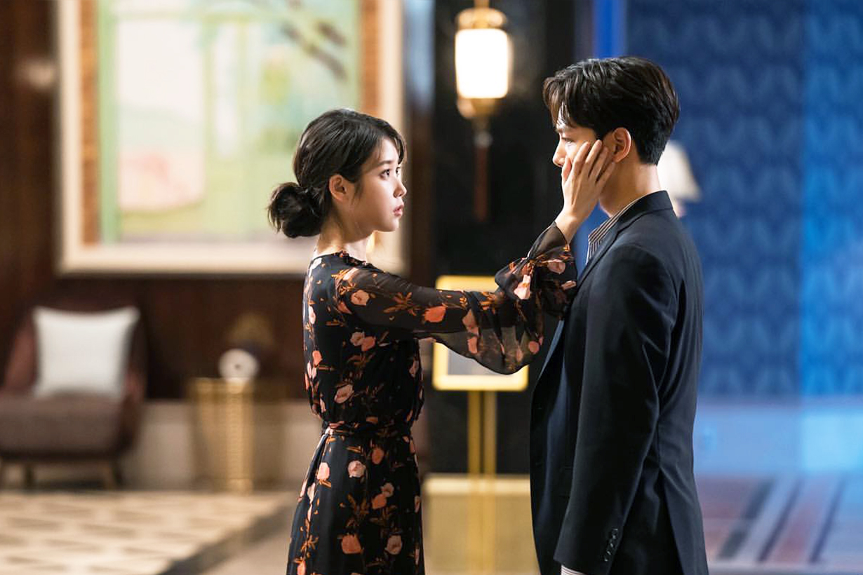Hotel del luna IU Lee Ji Eun Yeo Jin Goo Kim Soo Hyun tvn Drama korean drama k pop korean idols celebrities singers actors actresses