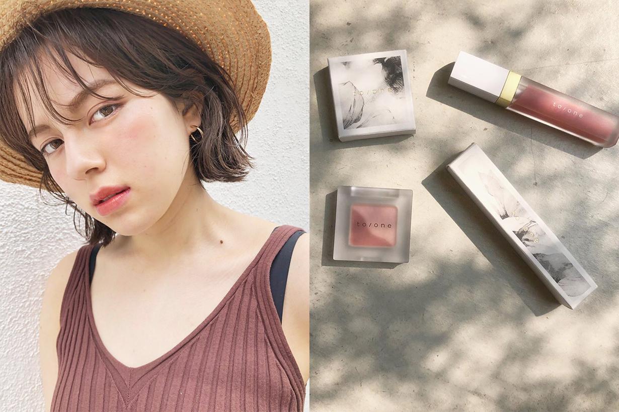 Makeup cosmetics eyeshadow blushes bronzer compact foundation powder colour tape makeup hacks tips