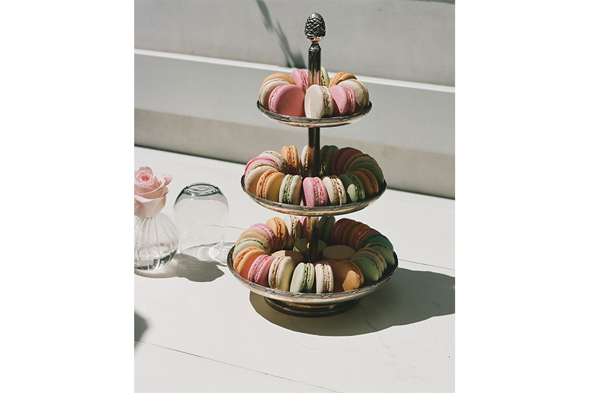 mansur gavriel laduree cafe dessert macarons los angeles