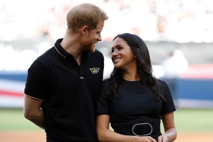 不在意任何眼光:Meghan 生日這天,Prince Harry 在全世界面前高調放閃!