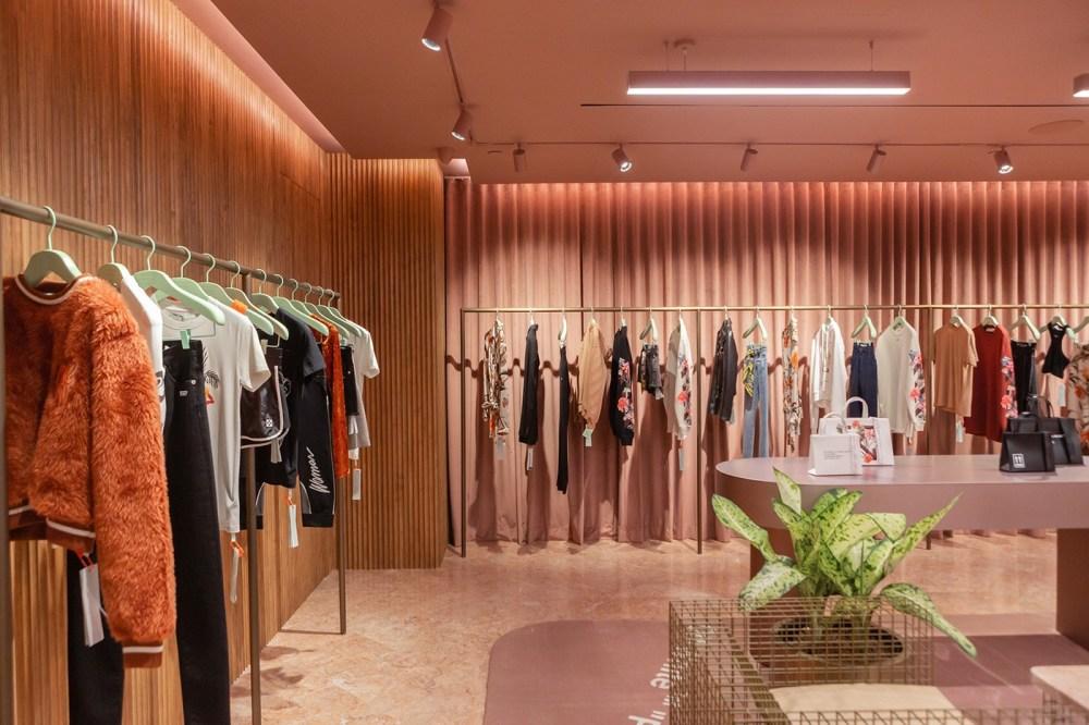 Virgil Abloh Off-White Paragon Concept Store Singapore