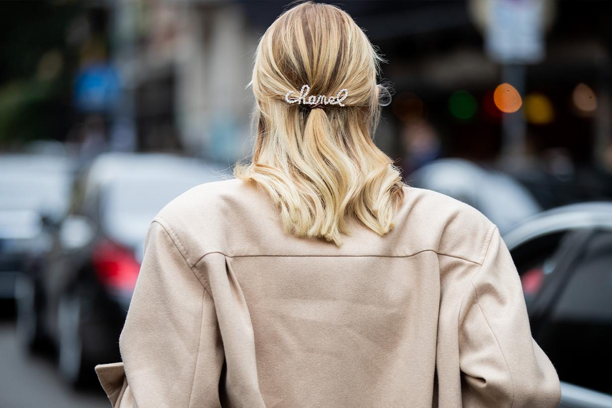 French Girls favourite haircuts hairstyles trend 2021 French Bob Long Fringe Wavy Long Bob