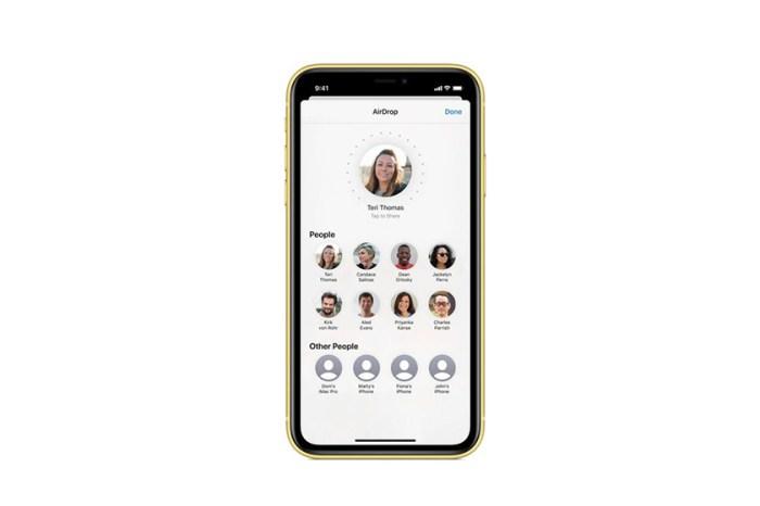 iPhone 對準就能 AirDrop!Apple 提早開放 iOS 13.1 給用戶更新系統!