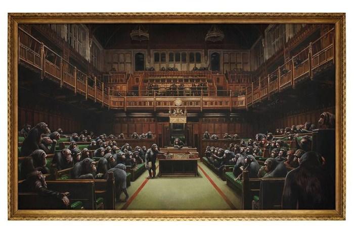 有史以來價格最高之作品!Banksy 這幅英國下議院的作品你看仔細了嗎?