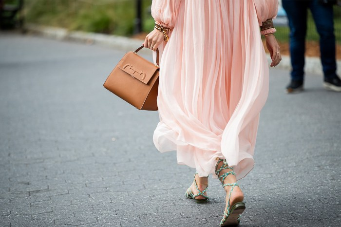 #NYFW:連身裙子別亂買!這 4 款才是現時流行的顯貴款式