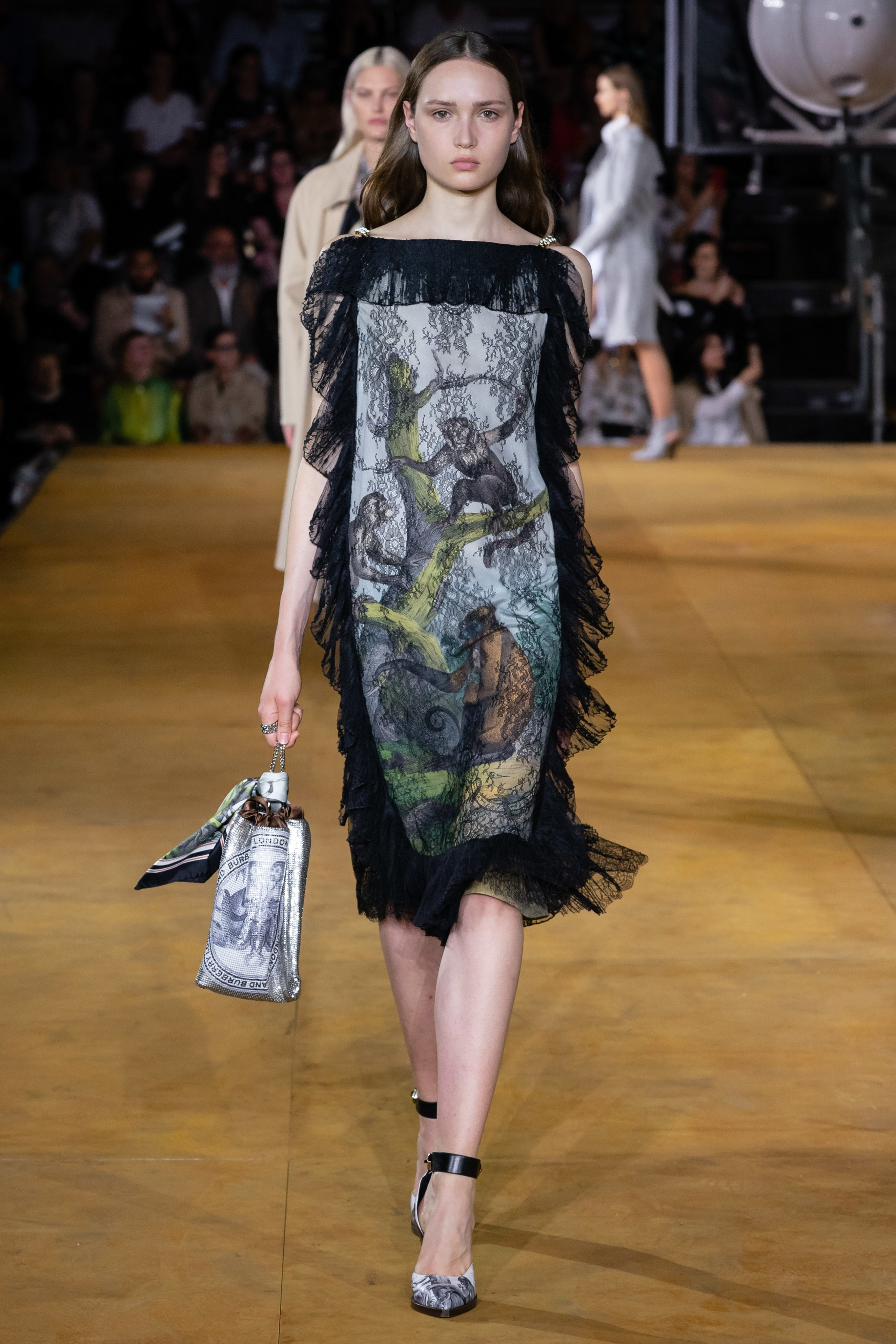 burberry spring 2020 ready to wear London fashion week