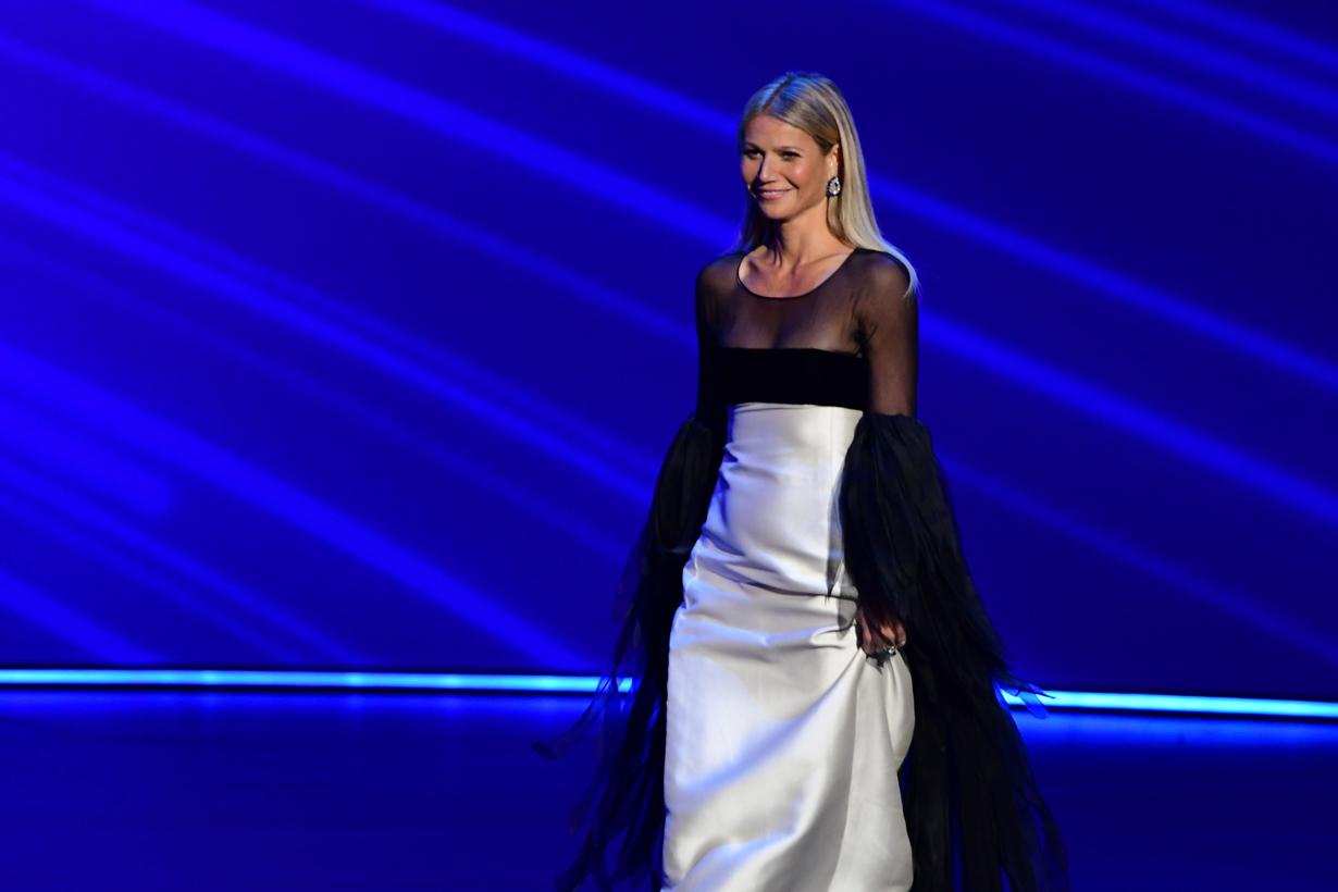 gwyneth paltrow emmys valentino gown walk meme