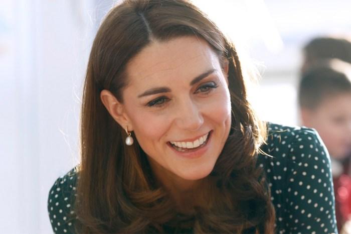 凱特王妃果然懂節儉!Zara 的寬腿褲,竟也襯得像名牌款?