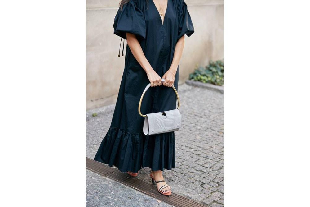 Top Handle Bag Street Style